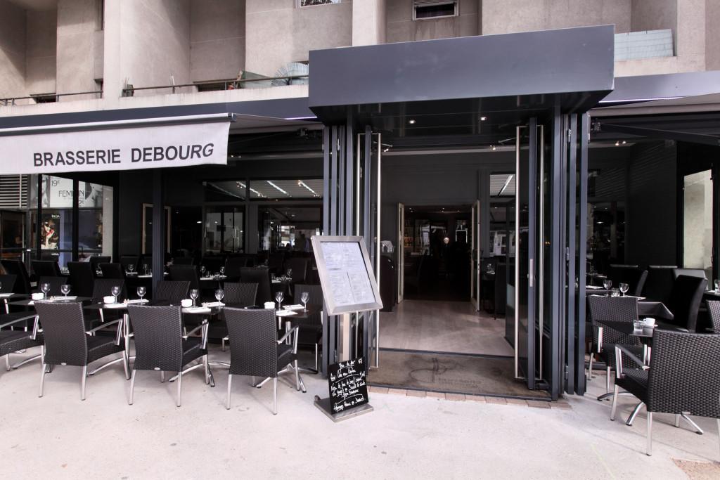 Terrasse extérieure de la brasserie Debourg à Gerland Lyon 7